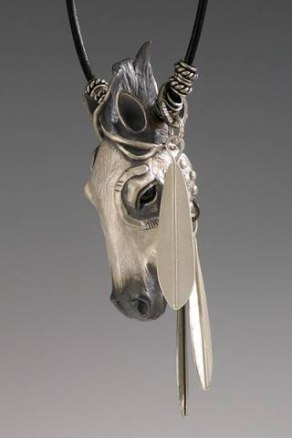 HorseHeadNecklace3